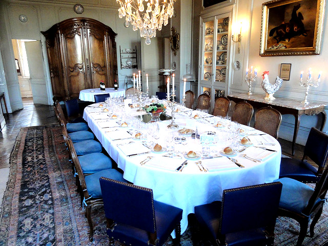 dining room in Chateau Le Taillan Private dinner