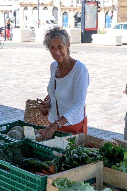 market in bordeaux