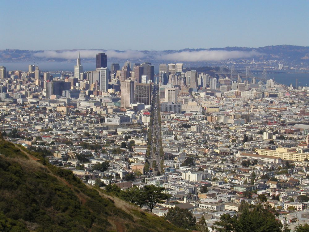 View of San Francisco and the bay from Twin Peaks