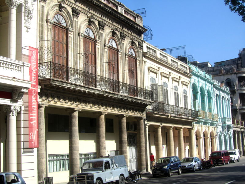 Havana Colorfulbuildings VT